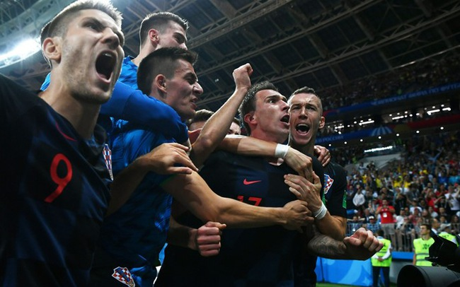 Ngược dòng thắng ĐT Anh, ĐT Croatia gặp ĐT Pháp ở chung kết!