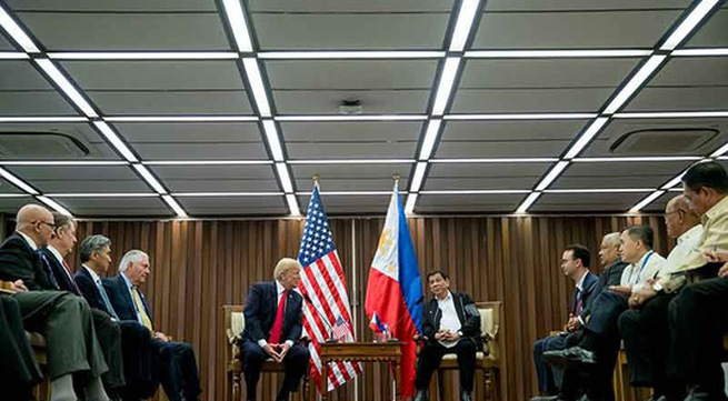 US - Philippines commit freedom of navigation in East Sea