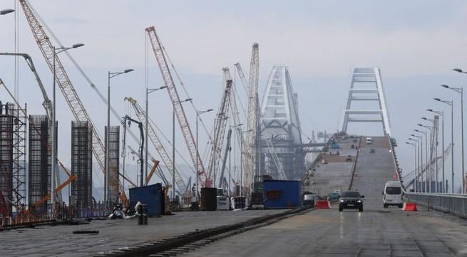 Russia opens bridge to Crimea