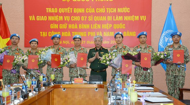 Vietnam sends 7 more officers to un peacekeeping mission