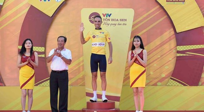 Bike Life Dong Nai triumphs VTV int'l cycling tournament