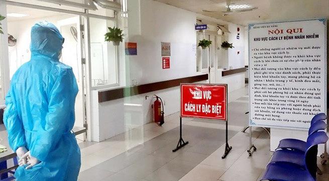 Hanoi, HCMC close non-essential businesses to prevent COVID-19 spread