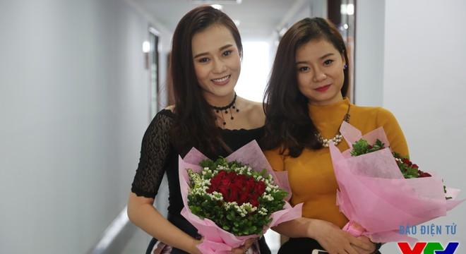 GLTT với DV Phương Oanh và Linh Hương trong phim 'Đối thủ kỳ phùng'