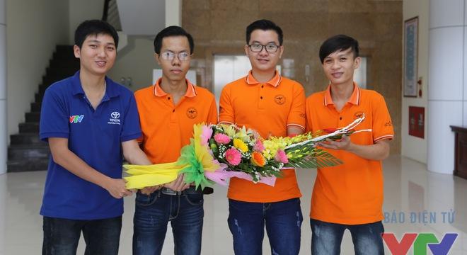 GLTT với tân vương Robocon Việt Nam 2016