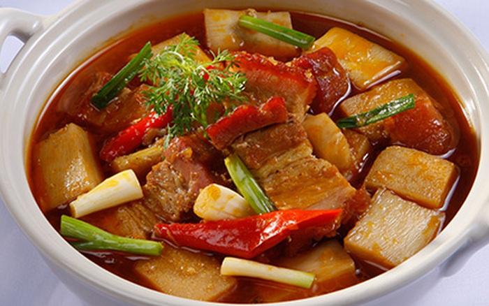 Image result for thịt kho củ hủ dừa