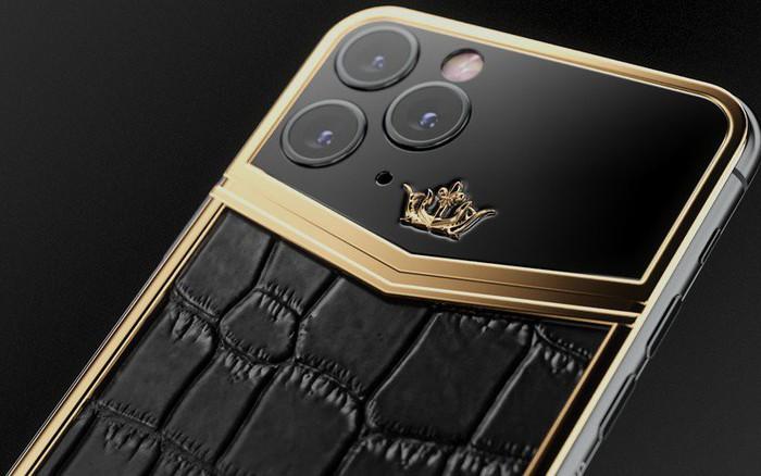 iPhone 11 Pro độ thêm vàng và kim cương, được bán với giá gần 1 tỷ đồng