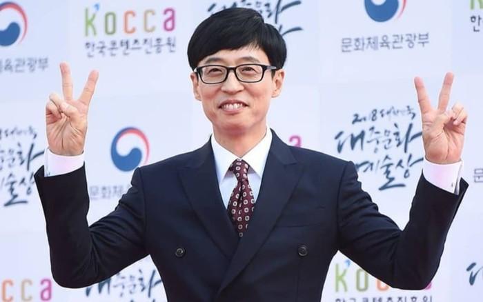 Yoo Jae Suk quyên góp từ thiện sau thảm họa bão