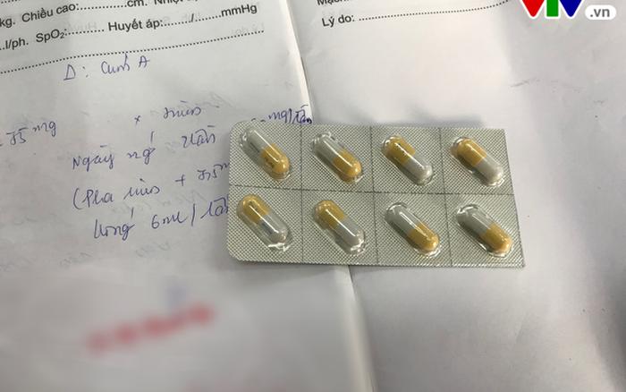 """Cúm vào mùa: Thuốc điều trị Tamiflu lại """"sốt"""" giá?"""