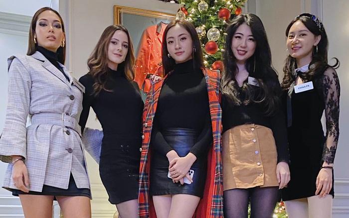 """Lương Thùy Linh dẫn đầu bình chọn tại Miss World sau màn """"bắn"""" tiếng Anh thần sầu"""