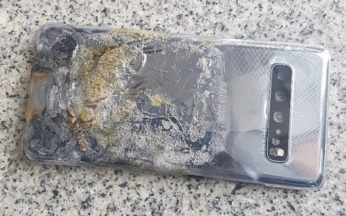 Samsung từ chối trách nhiệm trong vụ Galaxy S10 5G bốc cháy