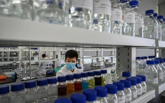 Trung Quốc cung cấp vaccine COVID-19 cho sinh viên ra nước ngoài du học