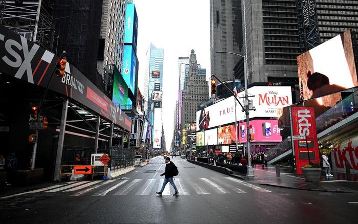 New York (Mỹ) tăng cường các biện pháp cách ly khi mùa lễ hội tới gần