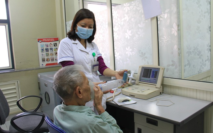 Các bệnh thường gặp của người cao tuổi vào mùa lạnh