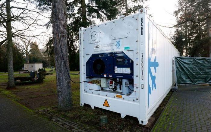 Đức: Nhà xác quá tải, một thành phố phải giữ thi thể bệnh nhân COVID-19 trong container