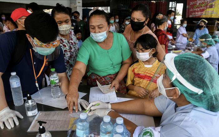 Thái Lan: 15% lao động nhập cư ở ổ dịch Samut Sakhon mắc COVID-19