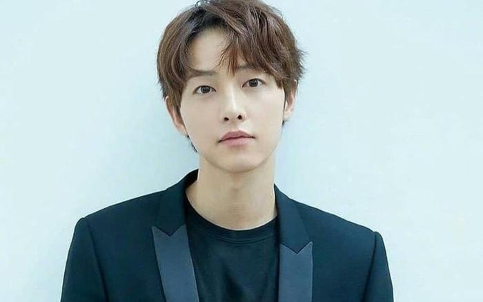 Song Joong Ki thảo luận đóng phim điện ảnh mới