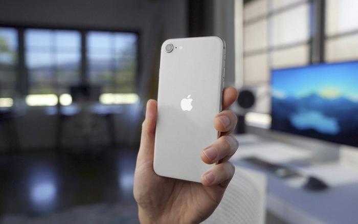 iPhone SE 2020 cũng giống như chiếc tủ lạnh: Tôi chỉ thay thế khi có tính năng làm đá mới!