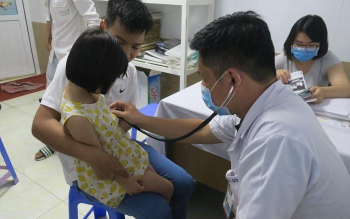 Hải Phòng: 111 trẻ được khám sàng lọc tim bẩm sinh miễn phí
