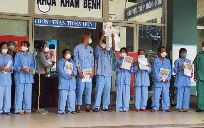 Thêm 10 bệnh nhân COVID-19 ở Đà Nẵng khỏi bệnh