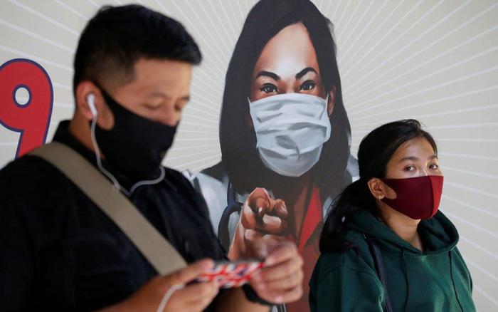 Indonesia phạt 62.000 người vì không đeo khẩu trang khi ra ngoài