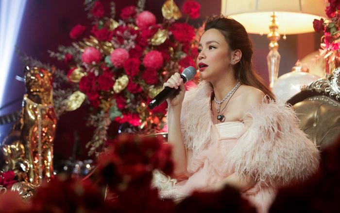 Hồ Ngọc Hà kết thúc Love Songs, tuyên bố tạm