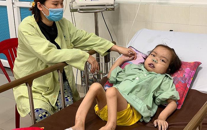 Bé gái 9 tuổi mắc tim bẩm sinh, bại liệt chi dưới có hoàn cảnh khó khăn cần giúp đỡ
