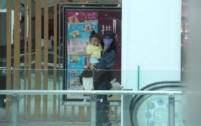 Trương Bá Chi xác nhận không mang thai lần 4