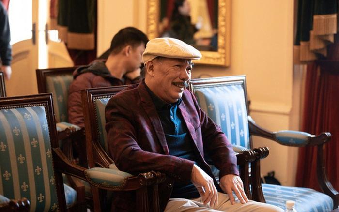 Nhạc sĩ Trần Tiến xuất hiện sau tin qua đời vì ung thư, hát rock tại họp báo ở Hà Nội