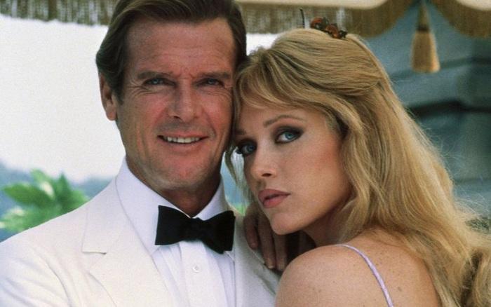 Bond Girl của phim James Bond qua đời