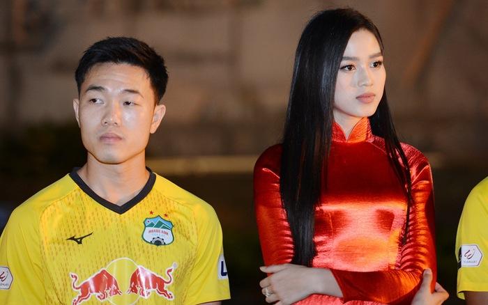 Hoa hậu Đỗ Thị Hà chia sẻ khoảnh khắc