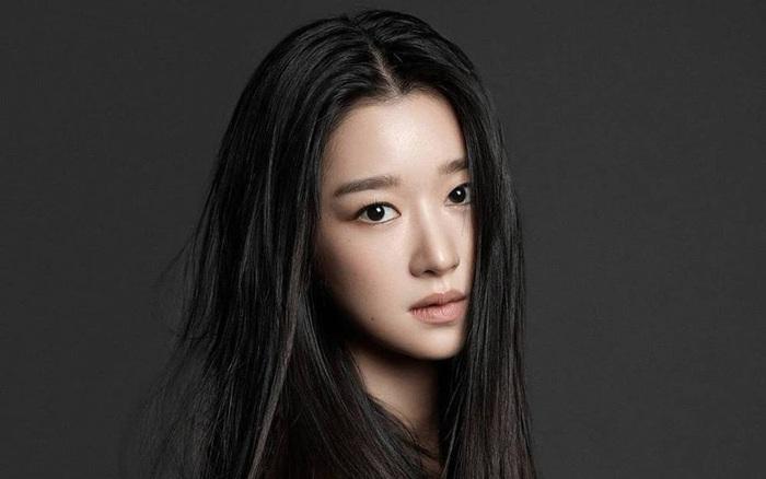 """""""Điên nữ"""" Seo Ye Ji bị tố chèn ép, bắt nạt, coi nhân viên như nô lệ"""