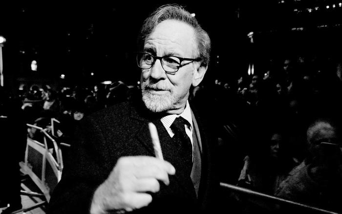 Steven Spielberg hợp tác với