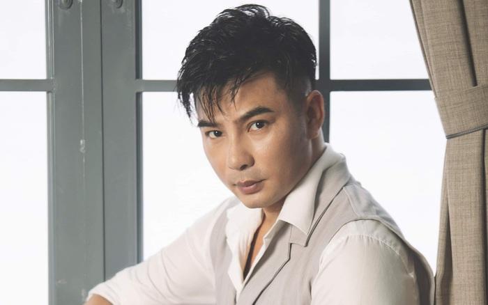 Châu Tuấn: Cú rẽ ngang bất ngờ để bén duyên âm nhạc của anh chàng thầy giáo