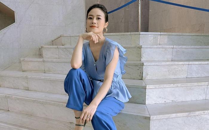 MC Phí Linh khoe trang phục mùa hè mát mắt