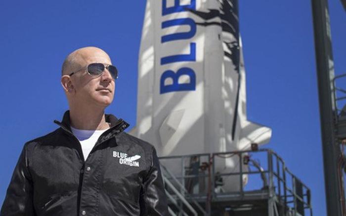 Xem trực tiếp chuyến bay của tỷ phú Jeff Bezos vào vũ trụ bằng cách nào?