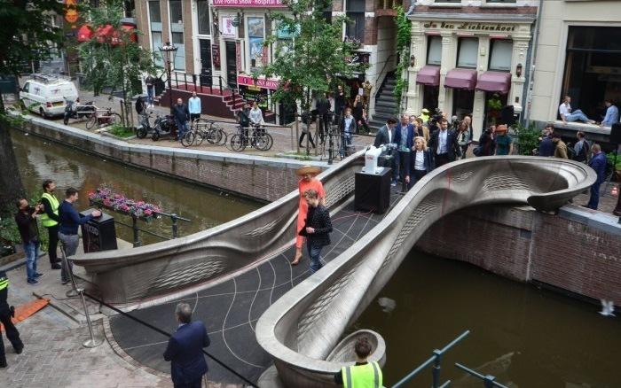 Cầu thép in 3D tại Hà Lan