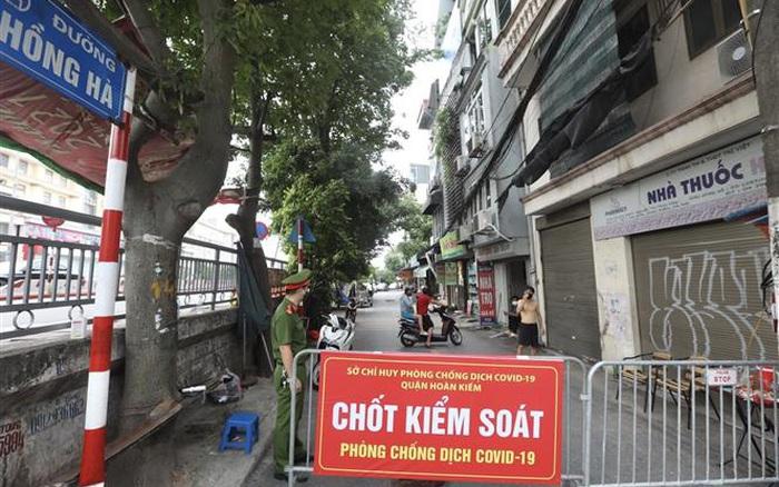 Hà Nội khẩn tìm người từng đến ngõ 187 Hồng Hà và chợ Long Biên - bơi