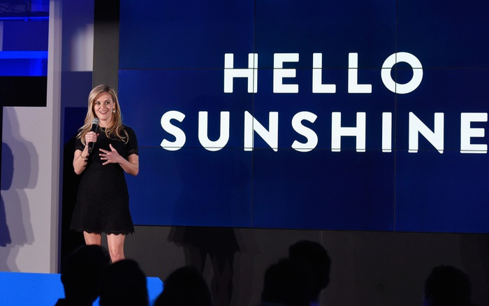 Reese Witherspoon bán công ty truyền thông Hello Sunshine
