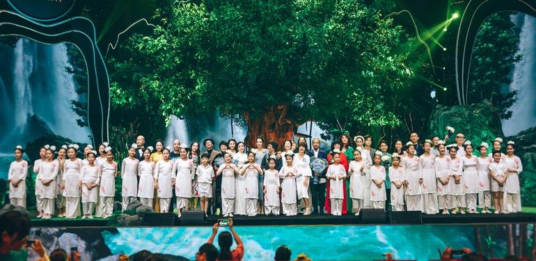 Dàn nghệ sĩ hội tụ trong show nghệ thuật hàn lâm VTV True Concert 2021