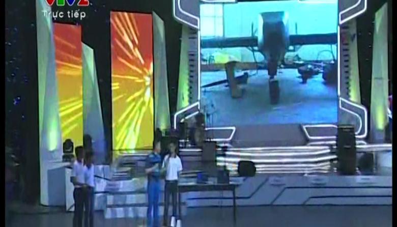 Màn trình diễn ấn tượng của LH-Q tại Robocon 2014