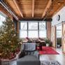 Thích thú với căn nhà ấm áp ngập tràn không khí Giáng sinh