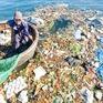 """Ngăn chặn rác thải """"tấn công"""" vịnh Nha Trang mỗi ngày"""