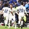 """Real khiến fan """"thót tim"""" với chiến thắng phút cuối trước Valencia"""