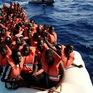 Ít nhất 25 người di cư chết đuối trôi dạt bờ biển Libya