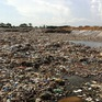 """Bãi rác 20.000m2 đang """"bức tử"""" phố biển Sầm Sơn, Thanh Hóa"""