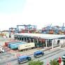 Vướng thủ tục, hàng trăm container điều xuất, nhập khẩu phải lưu bãi