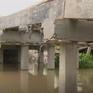 Nguy cơ ách tắc giao thông thủy vì cầu quá thấp