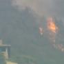 Người dân California vật lộn bảo vệ nhà cửa trước trận cháy rừng nghiêm trọng