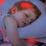 """Đừng để trẻ em """"ngủ chung"""" với điện thoại di động"""