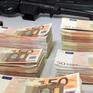 Europol bắt giữ hàng chục đối tượng buôn bán tiền giả trên mạng Darknet